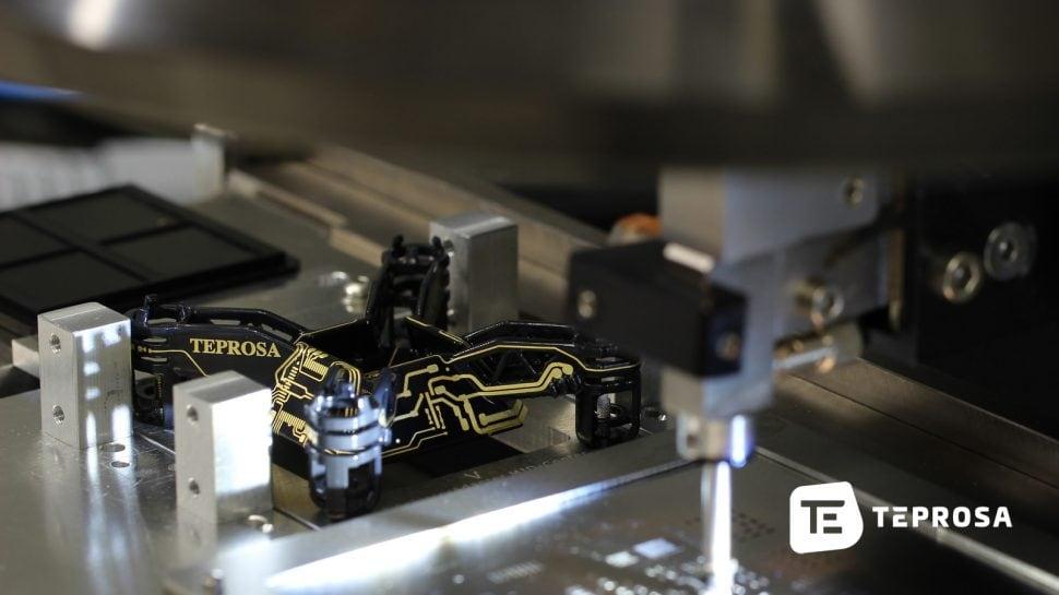 Bestückung des 3D-MIDCopters 3D-MID-Technologiebei TEPROSA