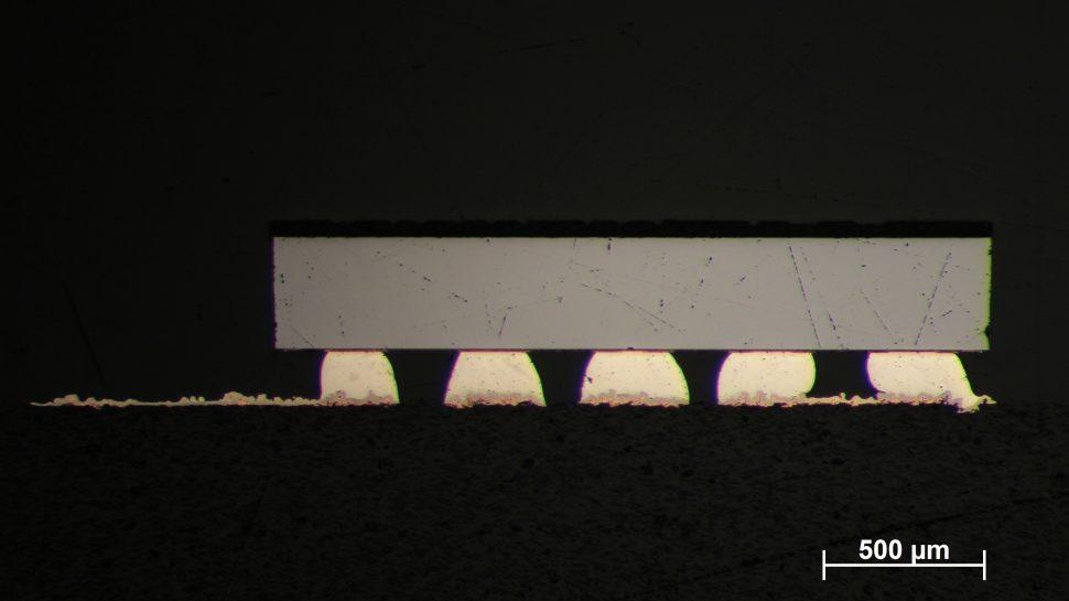 Schliffbildanalyse eines BGAs auf einem 3D-MID-Bauteil