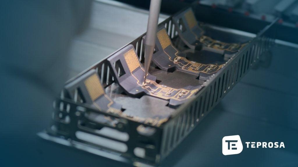 Bestückung eines dreidimensionalen Schaltungsträgers (3D-MID) bei TEPROSA